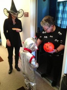 The Darlington Arts Center is inviting preschool youngsters to trick-or-treat in the safety of its building.