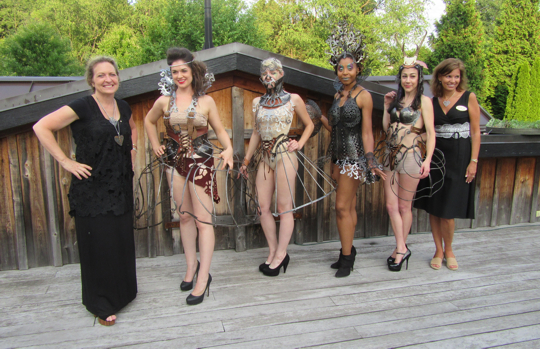 Lele Galer on Left stands next to artist Ellen Durkan and her models. On the far right is the Executive Director of the Oxford Alliance Chris Grove