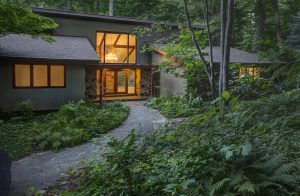 A 1974 contemporary home in Centreville is poised to attract visitors to the